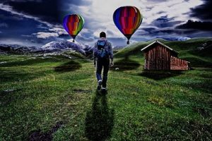 hombre viaje paisaje pixabay