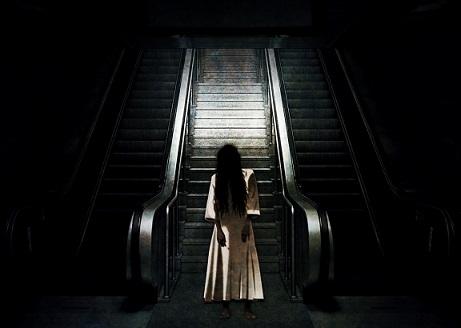 ciclo mujer soledad tristeza noche pixabay