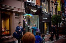 Contra los juicios sesgados: las vidas irlandesas son importantes