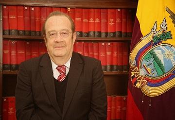 Carlos Abad Ortiz Foto reinounido.embajada.gob.ec