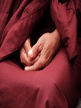 religion mujer vejez anciana viej pixabay