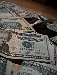 money-ricos-dinero-pixabay