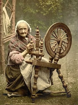irlanda mujer anciana trabajador pixabay