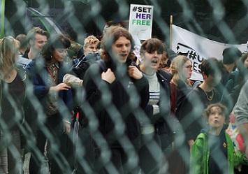 Mabel Gawanas protest detencion yarls wood Foto MarcosOrtiz (2)