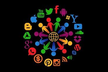 Dogital internet social media redes socoales pixabay (1)