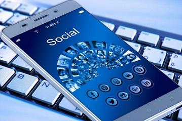 Dogital internet social media redes socoales pixabay (2)