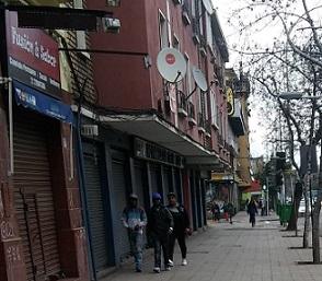 Chile Inmigrantes haitianos caminando foto Pablo Sapag