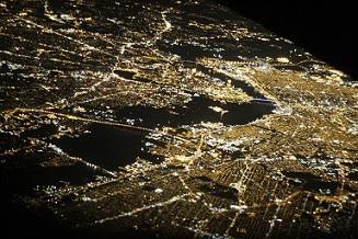 drones pixabay t panoramica ciudad noche