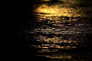 Hidroelectric agua noche oro petroleo pixabay
