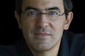 Juan Gabriel Vásquez - Photo: Daniel Mordzinski