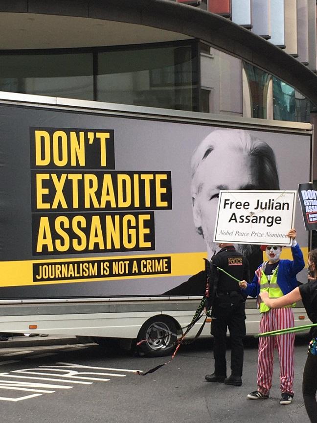 Audiencia de extradición de Julian Assange / Sep. 7